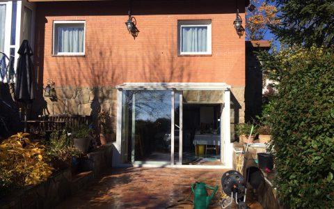 Vista frontal garaje modificado